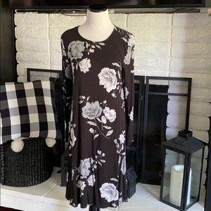Old Navy a-line black floral dress